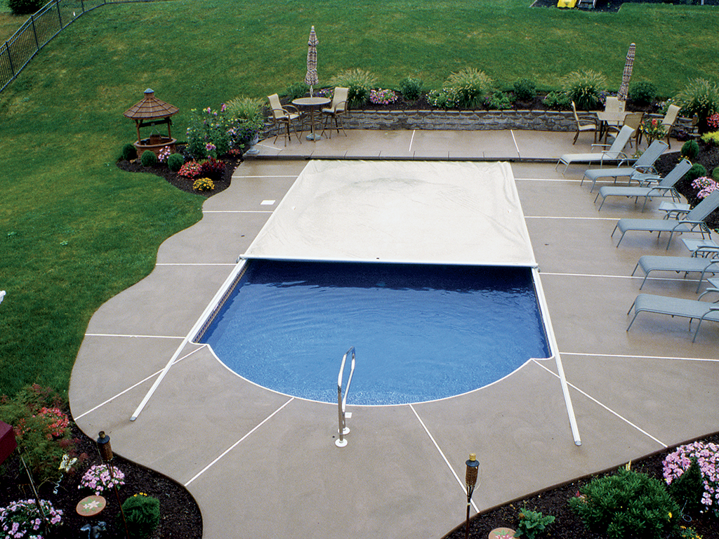 Roman Pool with Deck Track Cover