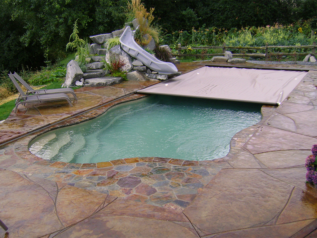 Cover any type of pool cover pools - Covering a swimming pool with decking ...
